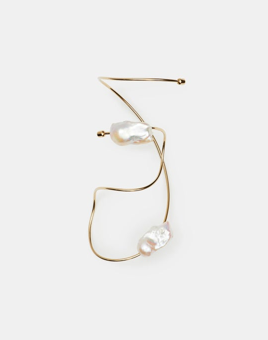 Fluid Baroque Pearl Bracelet
