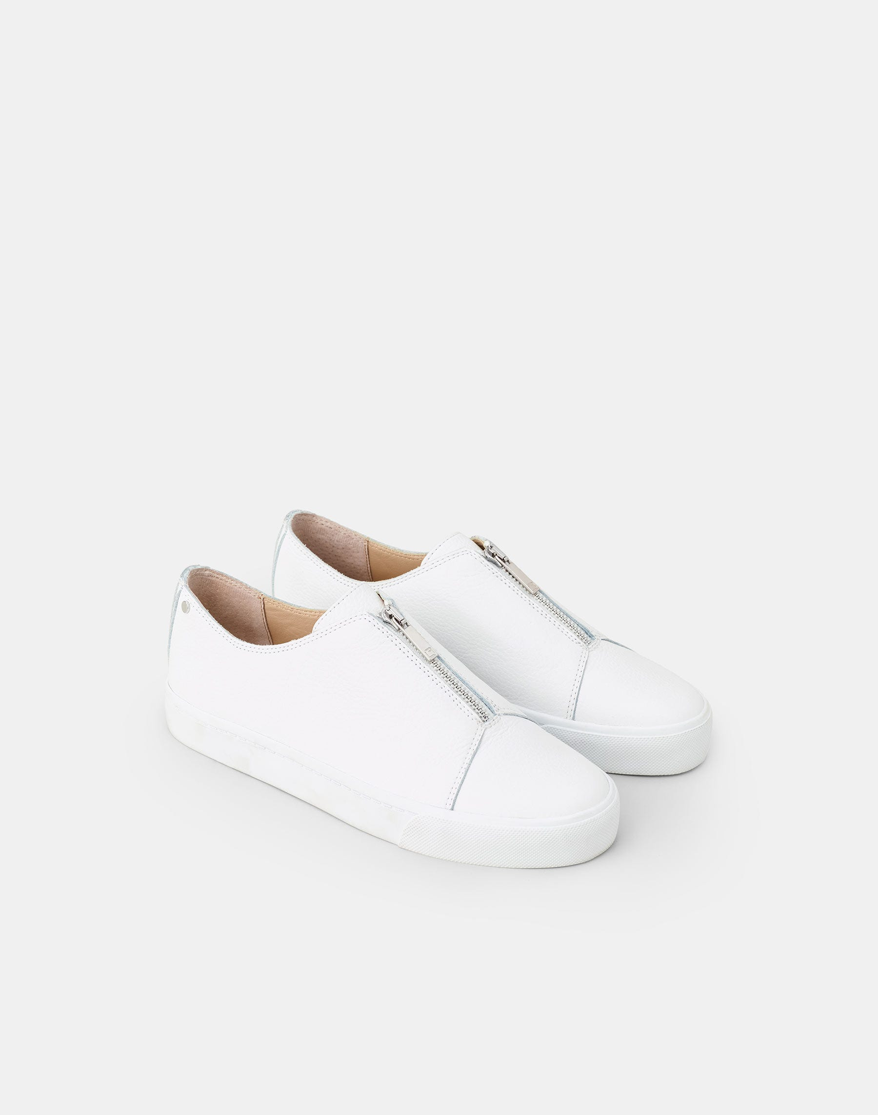Lafayette 148 Pebbled Grain Leather Bade Sneaker In White