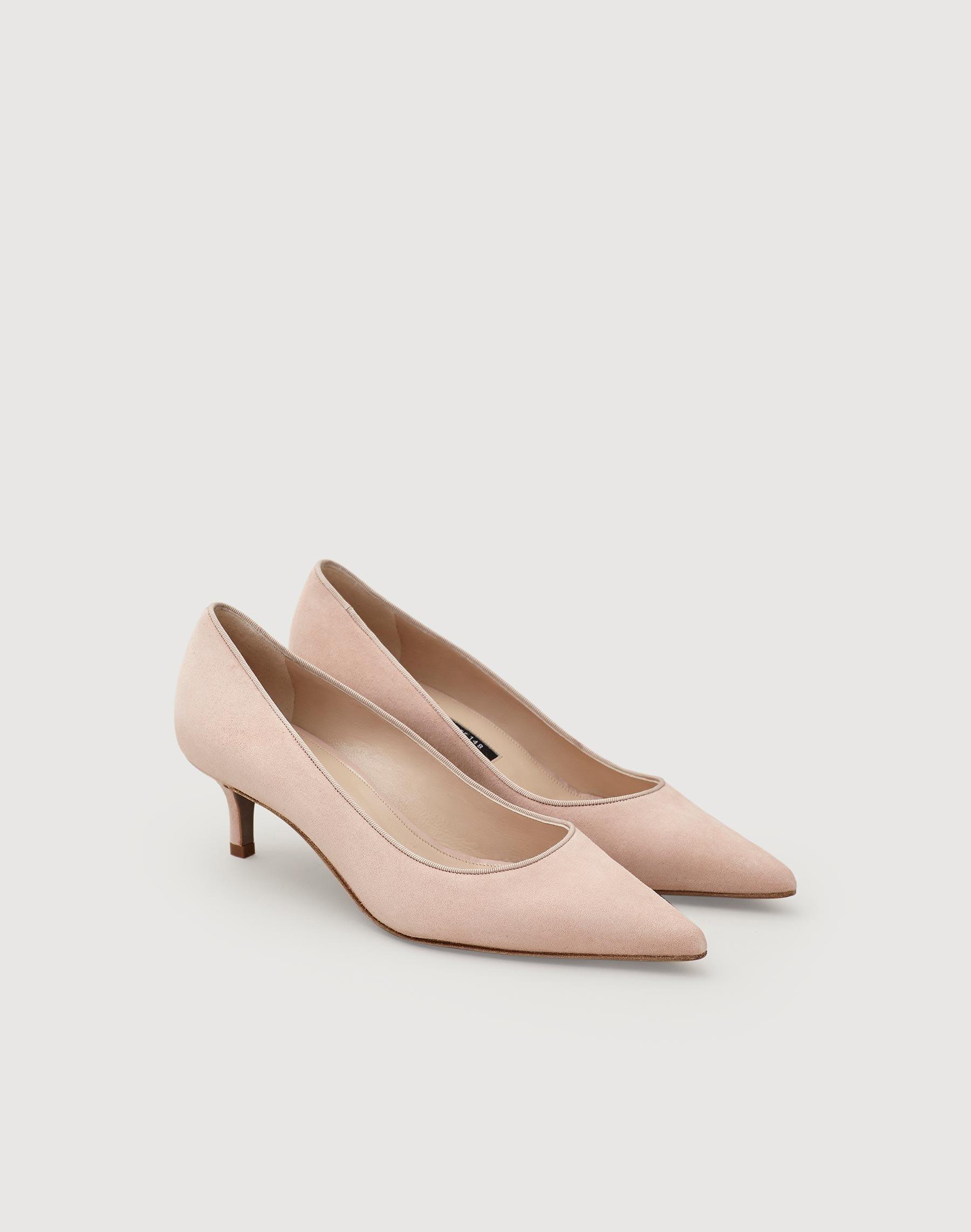 a4e778b2676 Libbet kitten heel lafayette new york jpg 1800x2285 Kitten heels