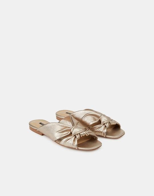 Hessania Flat Sandal