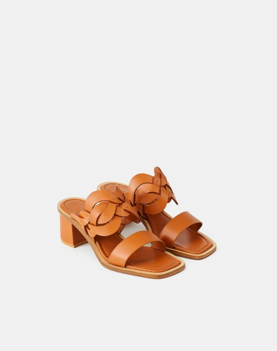Jules 8 Knot Sandal In Leather