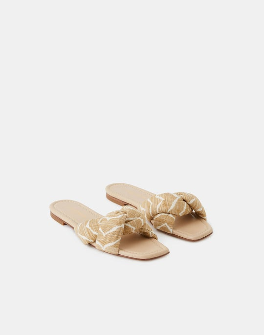 Germaine 8 Knot Slide In Zevron Jacquard Canvas