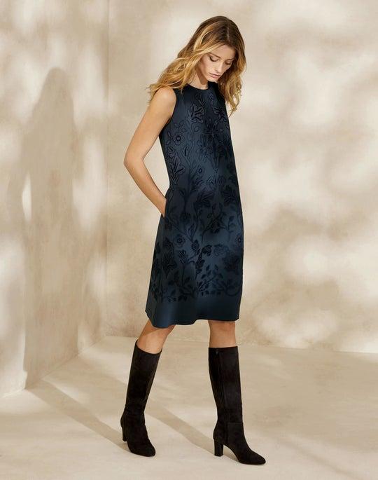Finesse Crepe Myrtle Dress