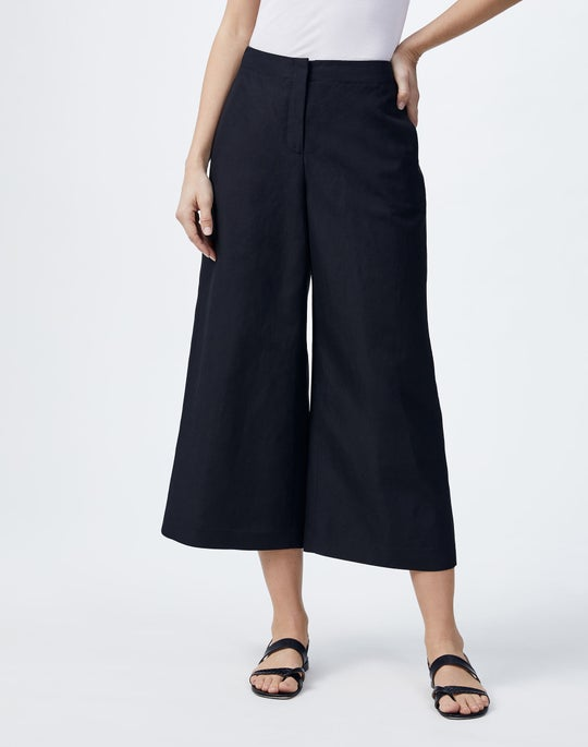 Coastal Cloth Carnegie Capri Pant