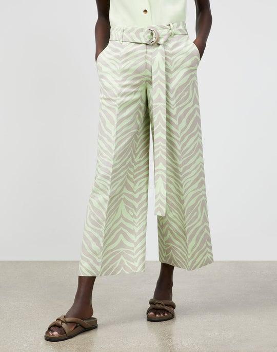 Petite Rockefeller Pant In Zevron Print Coastal Cloth