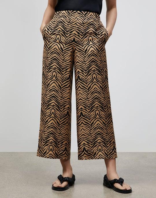 Petite Riverside Cropped Pant In Mini Zevron Print Shantung