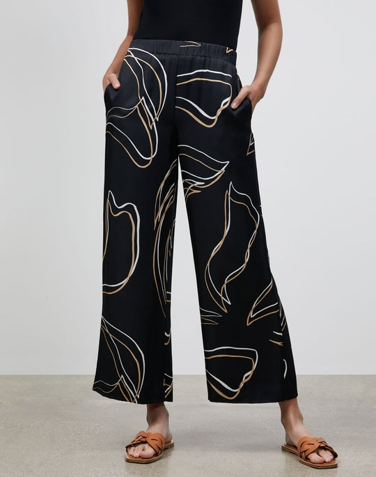 Petite Riverside Cropped Pant In Garden Contour Print