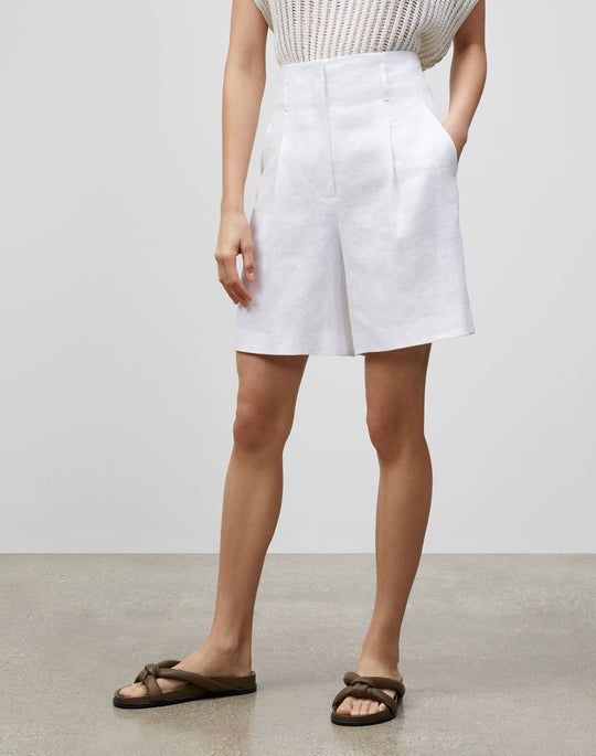 Degraw Short In Lavish Linen