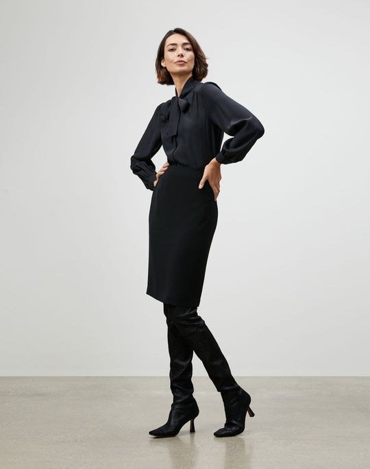 Finesse Crepe Pencil Skirt