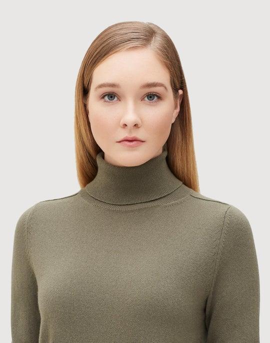 Plus-Size Cashmere Lurex Trim Turtleneck