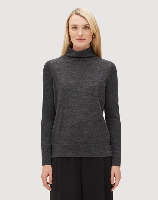 Plus-Size Fine Gauge Merino Modern Turtleneck