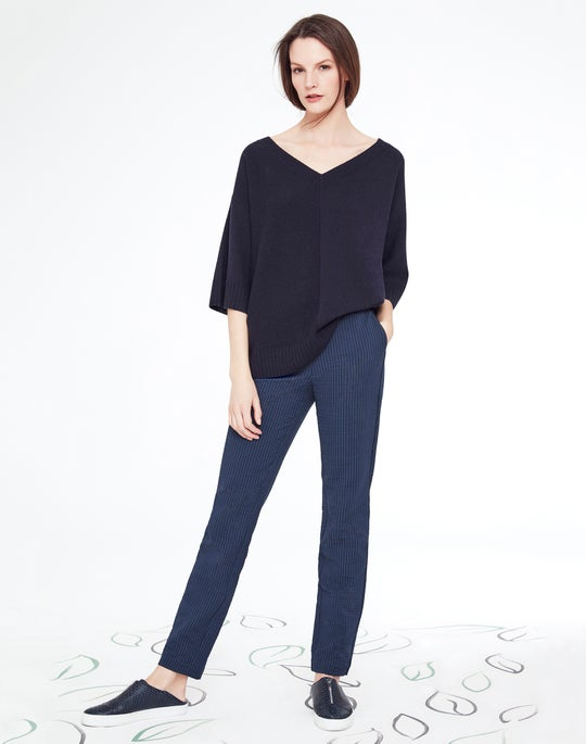 Wide V-Neck Sweater and Manhattan Pant