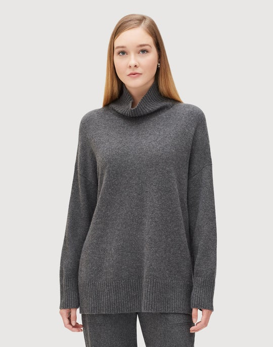 Cashmere Relaxed Turtleneck