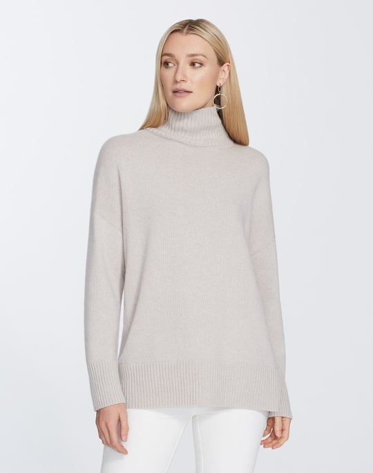 Plus-Size Cashmere Relaxed Turtleneck Pullover Sweater