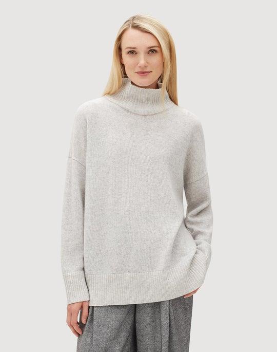 Plus-Size Cashmere Vanisé Turtleneck Sweater