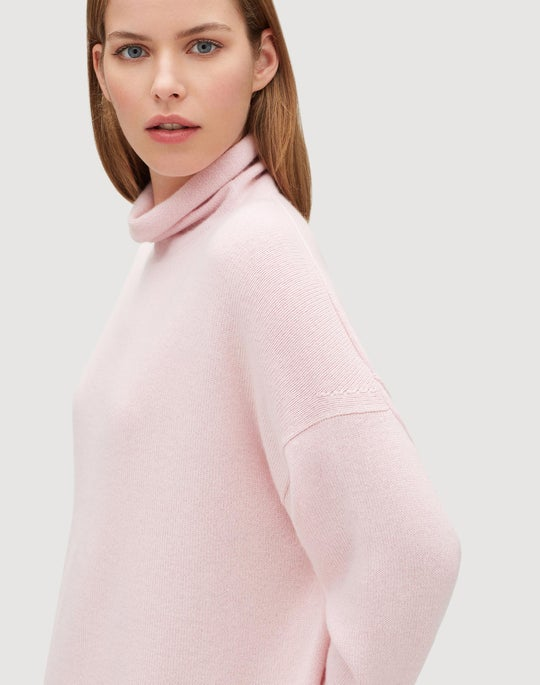 Cashmere Relaxed Long Sleeve Pullover