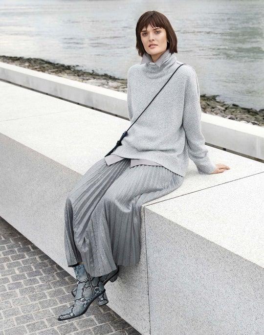 Turtleneck Sweater and Sequin Jahira Skirt