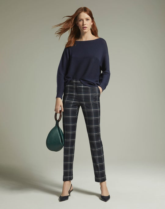 Mixed Links Stitch Sweater and Cuffed Clinton Pant